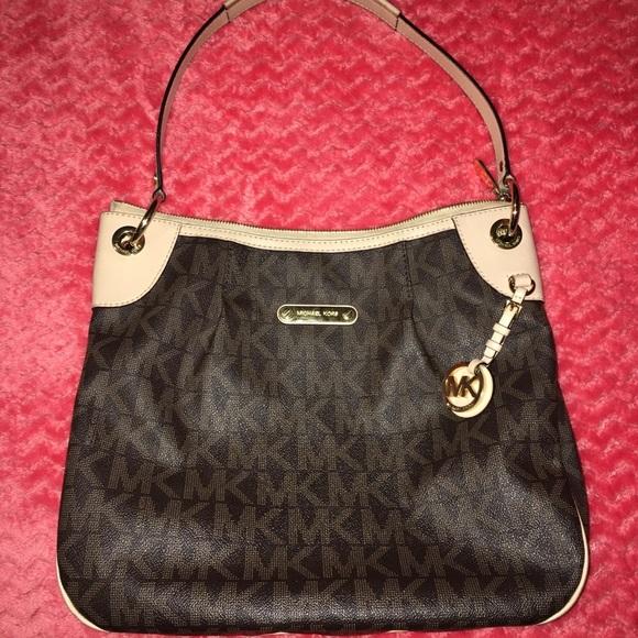 Michael Kors Handbags - Michael kors bag